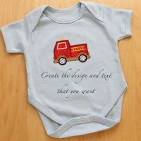 Personalized organic baby bib text and design