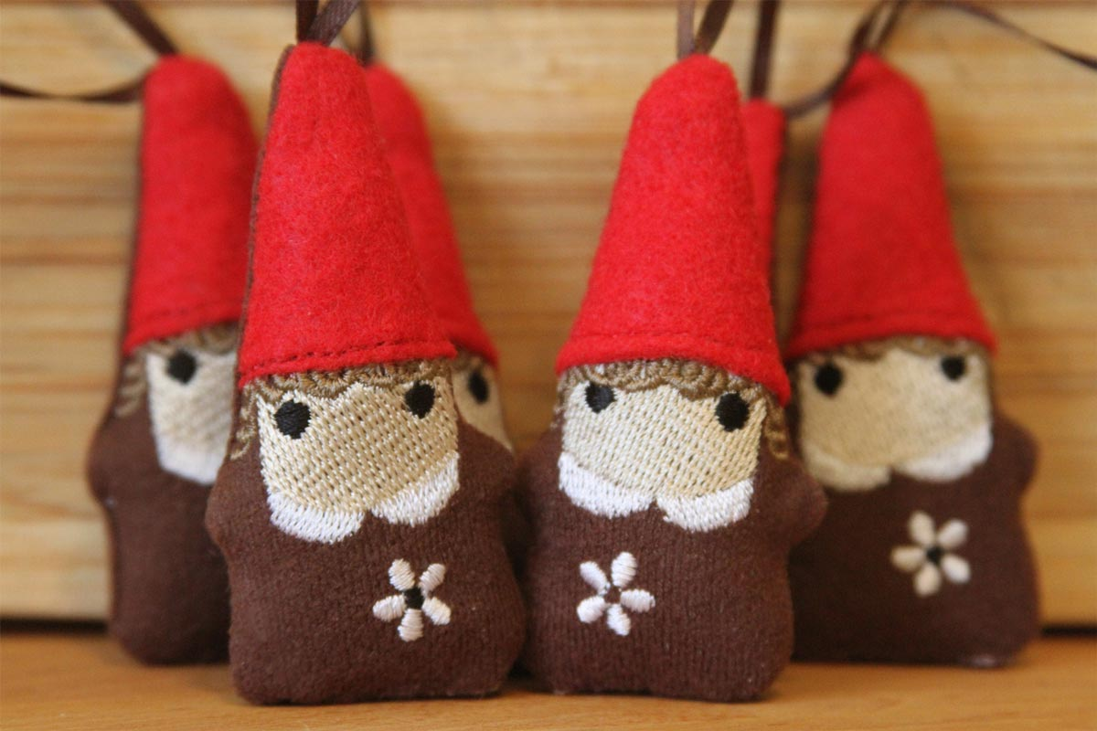 This was a special order of gnomes with red hats